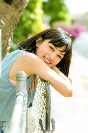 Petashi_kawaguchiharuna_tumblr_noaf