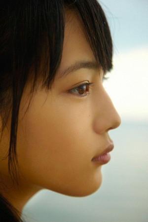Kawaguchi_haruna_tumblr_o34kjp7ich1